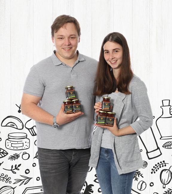 Bianca Clemens & Julian Barniecki